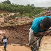 Las escalofriantes imágenes que deja el ciclón Idai en su paso por Mozambique