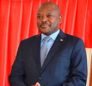 En Burundi, tres niñas se enfrentan a cinco años de cárcel por garabatear la foto del presidente