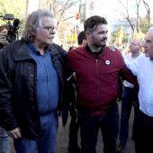 """Joan Tardá, Gabriel Rufián y el candidato a la alcaldía por Barcelona, Ernest Maragall, asisten a la manifestación que bajo los lemas """"Autodeterminación no es delito"""" y """"Democracia es decidir"""" en Alsasua"""