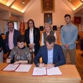 Firma del convenio entre Zamora y García del Valle