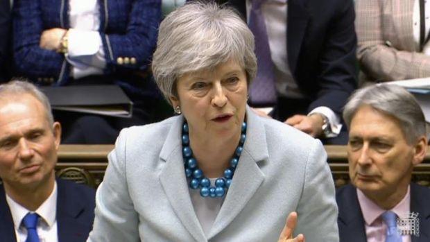 May admite que no tiene apoyos suficientes para aprobar su acuerdo de 'Brexit'