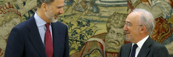 El Rey con el director de la RAE, Muñoz Machado.