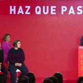 El PSOE presenta su lema 'Haz que pase'