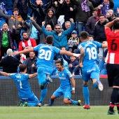 El Getafe celebra el gol de Ángel Rodríguez ante el Athletic de Bilbao