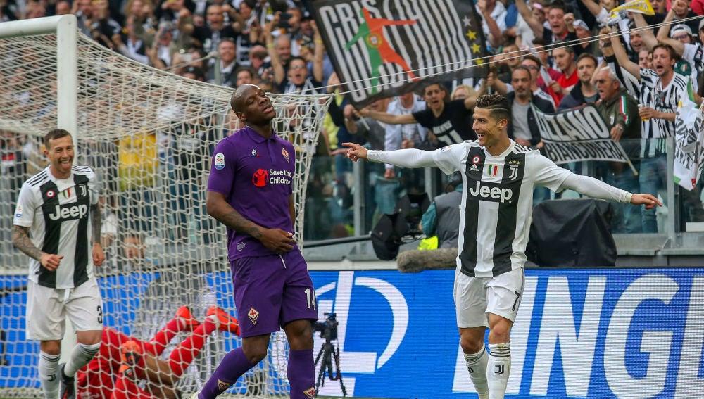 Cristiano Ronaldo celebra un gol ante la Fiorentina