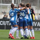 Las jugadoras del Espanyol celebran un gol