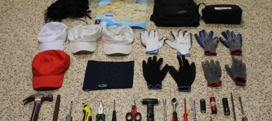 Material requisado por la Guardia Civil en Mallorca a dos presuntos ladrones de casas de lujo.