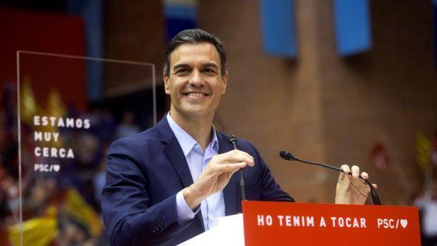 Sánchez pide el voto a los que dudan entre Podemos y PSOE, y entre Ciudadanos y PSOE