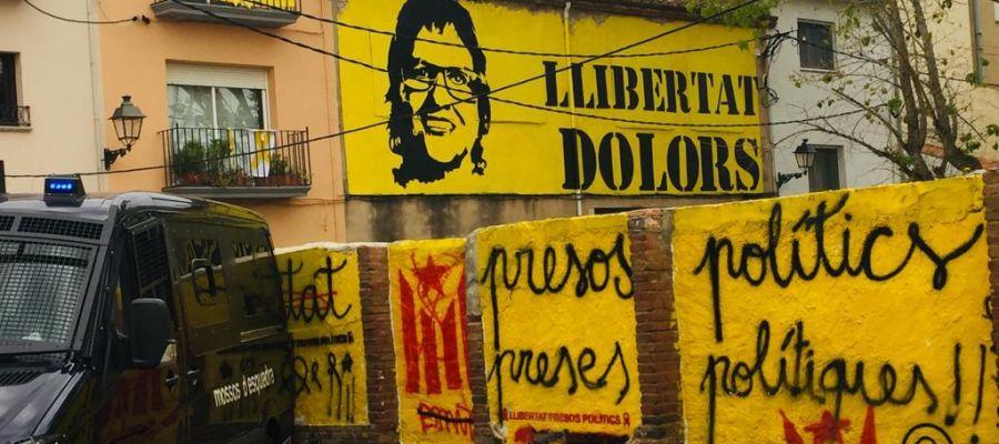Pintadas en Torroella de Montgrí, el pueblo de Dolors Bassa