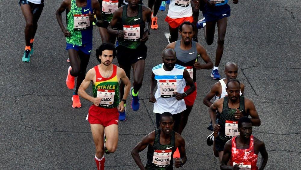 Salida del maratón de Madrid en el Paseo de la Castellana