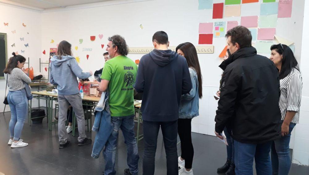 Votaciones en el Instituto Juan de la Cierva de Madrid