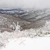 Nevada de abril en la Sierra de Ayllón (Segovia), foto de Javier Civantos