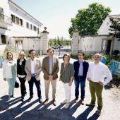 Los candidatos del PP balear el 26-M, en Son Busquets presentando sus propuestas en materia de vivienda.