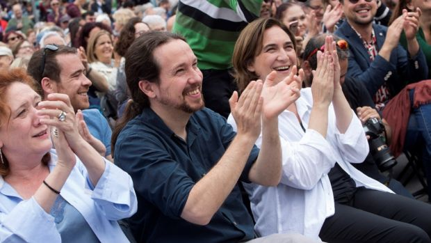 """Iglesias ve en Colau su referente: """"Es una bofetada al cinismo reaccionario"""""""
