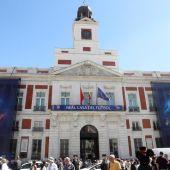 La Puerta del Sol engalanada para la final de la Champions