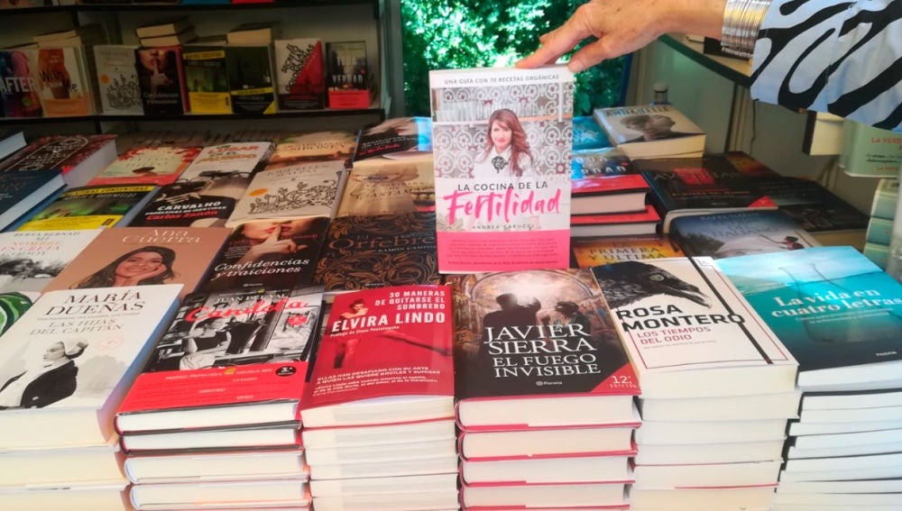 Los libros que se ha llevado la Reina Letizia