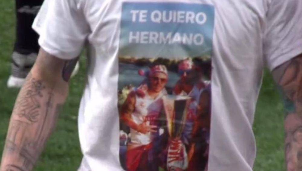 El homenaje de Alberto Moreno