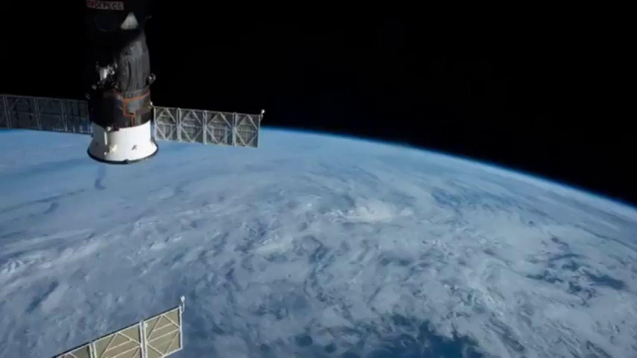 Envían Al Espacio Un Nanosatélite Creado Por Un Joven