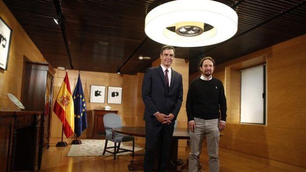 """Las preguntas de Amón: """"¿Puede decirse que Sánchez e Iglesias han pasado del gobierno de coalición al de colisión?"""""""