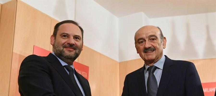 José Luis Ábalos junto a José María Mazón