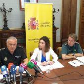 Gonzalo Espino, jefe superior de la Policía Nacional en Baleares; Rosario Sánchez, delegada del Gobierno central en el archipiélago; y el coronel jefe de la Guardia Civil en las islas, Alejandro Hernández.