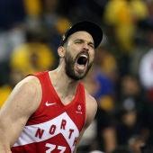 Marc Gasol celebrando que es campeón de la NBA