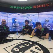 Los 'Javis' junto a Borja Terán en Julia en la onda