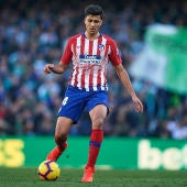 Rodrigo Hernández en un partido del Atlético de Madrid