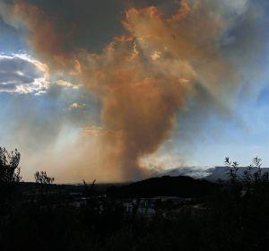 Se elevan a 30 el número de desalojados por el incendio de Beneixama (Alicante)