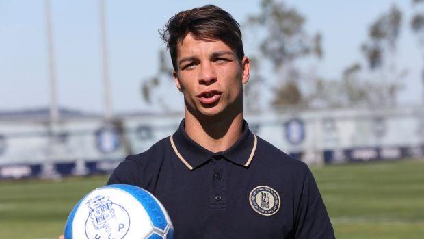 El futbolista español Óliver Torres