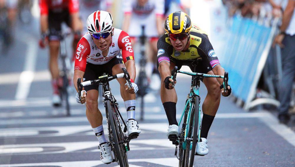 Caleb Ewan gana la etapa del Tour