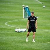 Gareth Bale en uno de sus últimos entrenamientos de blanco