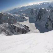Max Berger, en su descenso por el K2