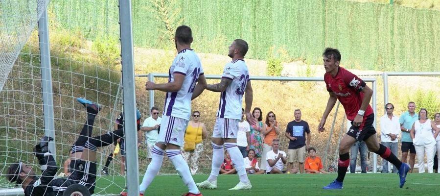Budimir marca uno de los goles de pretemporada frente el Valladolid