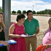 Zamora ha visitado las obras del campo de fútbol de Las Casas