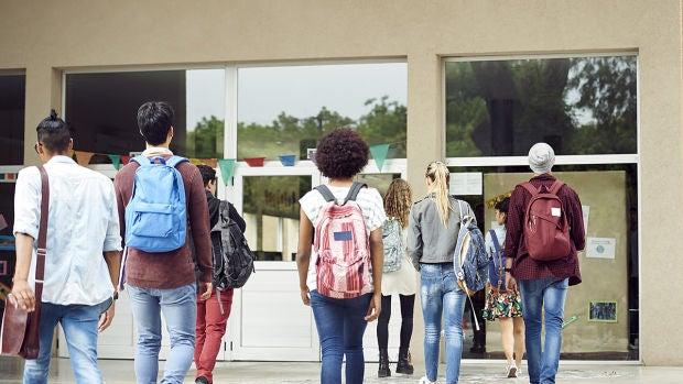 Los jóvenes siguen apostando por las carreras de Medicina, Magisterio e Ingeniería
