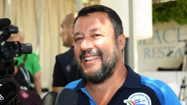 "Matteo Salvini insiste en su rechazo al Open Arms: ""Somos buenos cristianos, pero no tontos"""