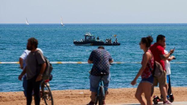 La Armada explosionarán este lunes el proyectil hallado en una playa de Barcelona