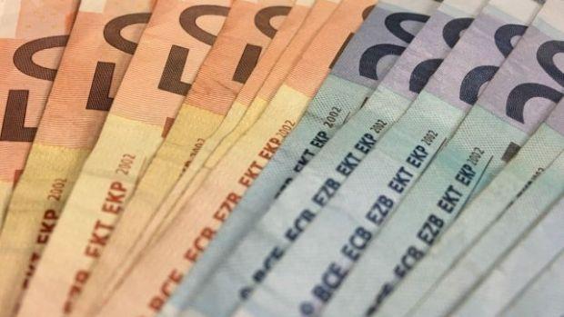 """Mesa de redacción: ¿Cuánto nos """"sisan"""" los amigos cuando nos piden dinero?"""