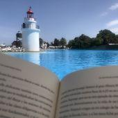 Lectura en el Parque Marítimo del Mediterráneo (Ceuta)