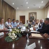 Imagen de la reunión celebrada, presidida por la subdelegada del Gobierno en la provincia, Araceli Poblador.