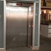 El ascensor del parking de la Plaza Mayor comenzará esta semana a funcionar las 24 horas