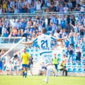 El jugador del Atlético Baleares, Arturo Rodríguez, tras su gol en el Estadi Balear