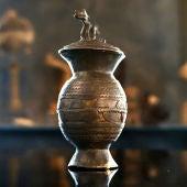 Reliquias Perdidas - Temporada 1 - Programa 10: La urna dorada