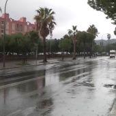 Los bomberos realizan más de un centenar de servicios por las fuertes lluvias caídas en Barcelona