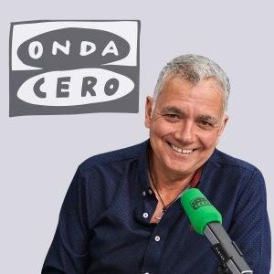 Director y presentador de La Brújula