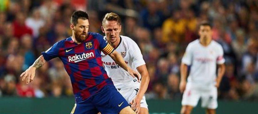 Messi, en una jugada del partido ante el Sevilla