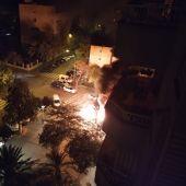 Contenedores ardiendo en el barrio palmesano de Camp Redó