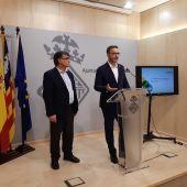 El Alcalde de Palma, José Hila, junto al concejal de Medio Ambente y presidente de Emaya, Ramón Perpinyà.
