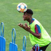Ansu Fati, en su entrenamiento con la Selección.